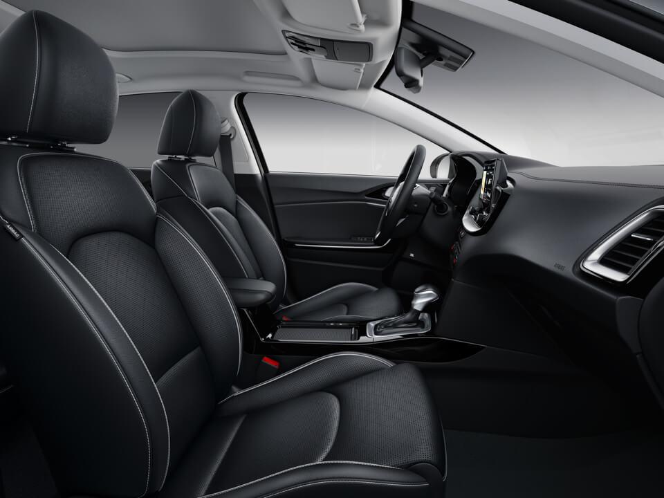 Kia Xceed plug-in hybrid interior